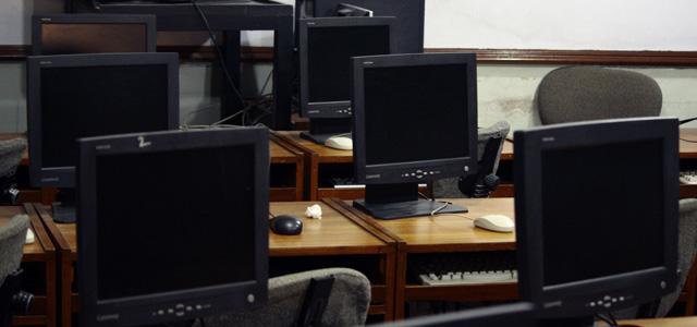 ITスクールに通学するメリット